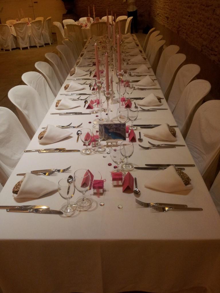 Table des mariés au Domaine Albert à POMMIERS
