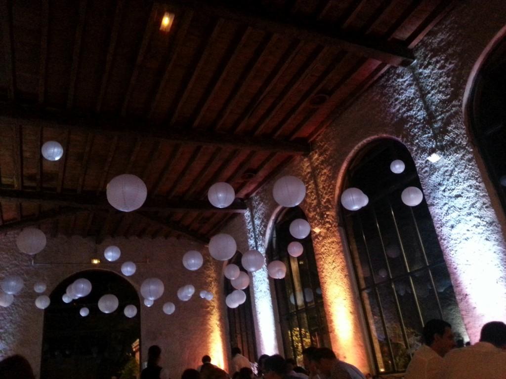 Mise en lumière de l'espace restauration au Château du Bourg