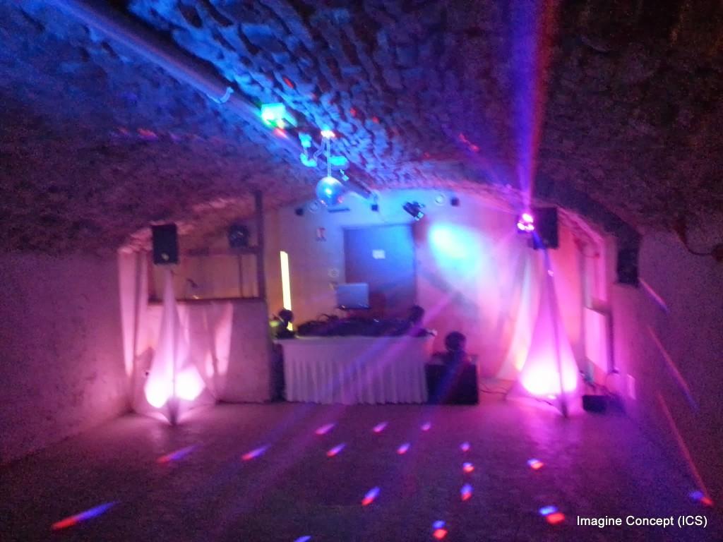 Cave voûtée piste de danse Mariage Château de Pruzilly